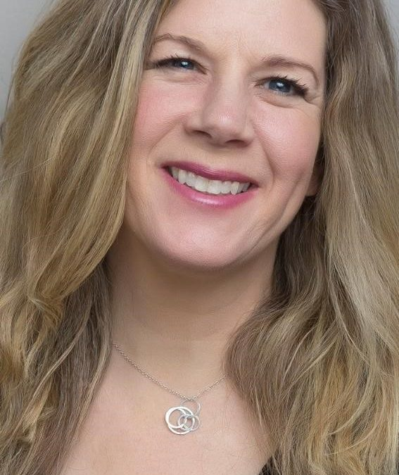 Dar Williams (Monday Show) Live at The New Hope Winery